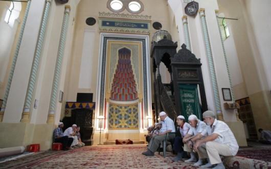 """Musulmanii celebrează Kurban Bayramul. Muftiul Iusuf Muurat: """"În România sărbătorim în armonie"""" - Comentarii: 0"""