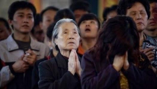 Surpriza in China: Crestinii au depasit numeric membrii Partidului Comunist - Comentarii: 2