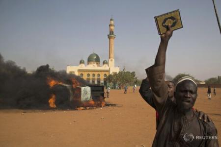 Niger: Peste 300 de creştini sub protecţie militară, la Zinder - Comentarii: 0