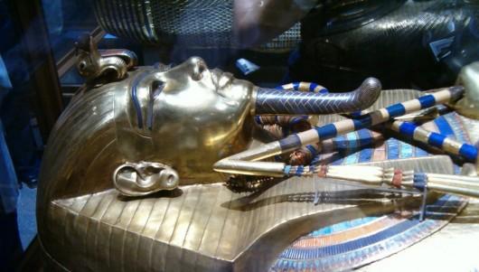 A fost descoperit cel mai vechi text al Evangheliei în masca unei mumii egiptene - Comentarii: 4