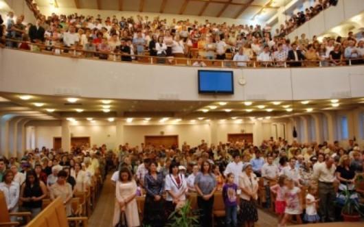 Adevarul.ro: Religia baptistă, reguli: cultul icoanelor şi venerarea moaştelor sunt interzise - Comentarii: 53