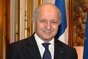 """Ministrul francez de externe: """"Creştinii şi alte minorităţi religioase care sunt sub atac în Orientul Mijlociu ar putea dispărea complet dacă lumea nu va acţiona"""" - Comentarii: 1"""